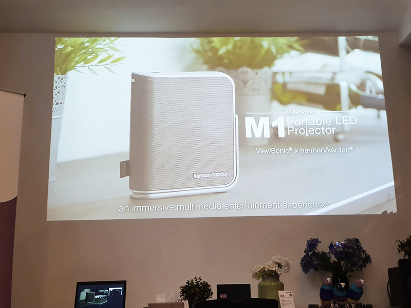 View Sonic M1 Ultra-Portable Projector