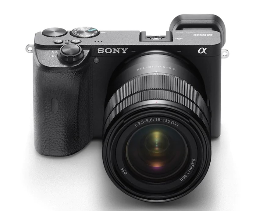 Sony strengthen Mirrorless Cameras Line-up with Two New Models